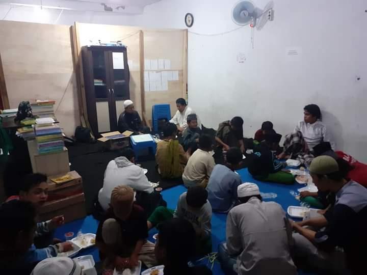 Pesantren Gratis Di Tasik Malaya
